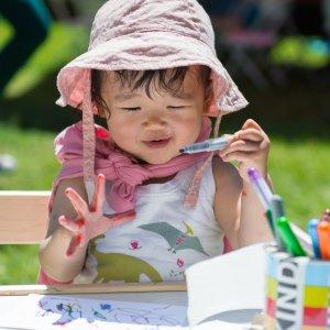 toddler making art